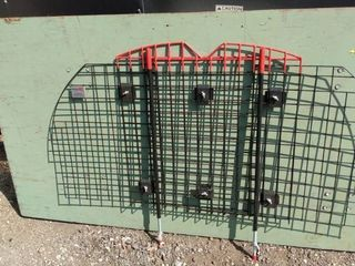 adjustable Kennel Aireb no brackets collapse down 50 in wide and 34 in tall