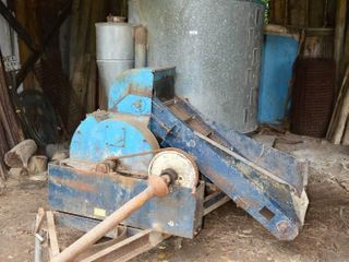 Allied Feed Mixer