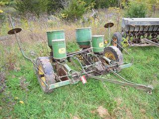 John Deere 290 2 Row Corn Planter