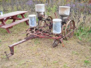 2 Row Planter with Steel Wheels