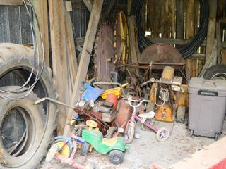 Contents of Storage Shed Bay   Snow Blowers