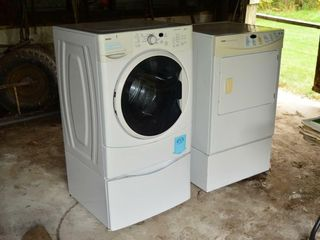 Kenmore Washer and Dryer Pair with