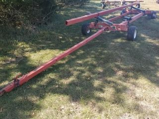 Unverferth HTA 25 Header Trailer  good shape