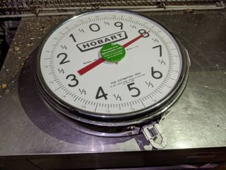 Hobart PR30 1 Hanging Dial Scale w  30 lb x 1 oz Capacity  Does Not Come With Pan