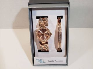 Time and Tru Watch Bracelet set with Crystal Accents Round 12 hour dial Second hand Rose Gold face   wristband watch womens