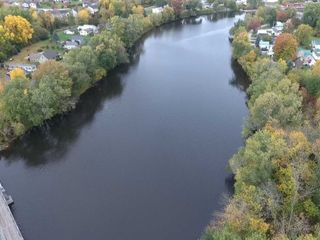 3BR/1BA Home on 25+/- Acres with River Frontage
