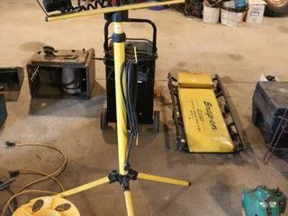 HAlOGEN WORK lIGHT WITH STAND