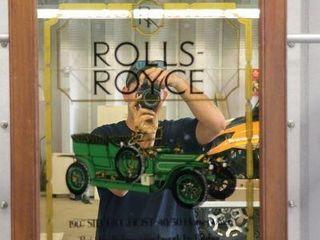1907 ROllS ROYCE SIlVER GHOST FRAMED MIRROR