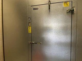 Master Bilt Walk In Freezer W  6  Thick Panels
