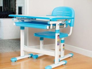 VIVO BlUE KIDS HEIGHT ADJUSTABlE DESK AND CHAIR