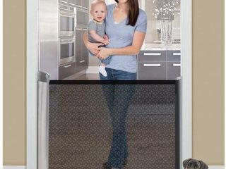 SUMMER INFANT RETRACTABlE GATE UP TO 50
