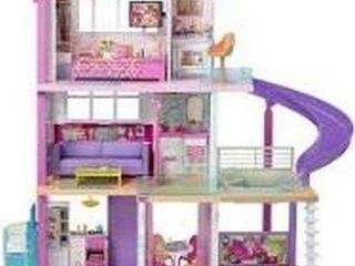 BARBIE DREAM HOUSE 4 X 3 FEET