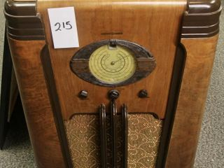 GE upright c1934 38 tube radio