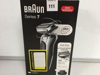 BRAUN SERIES 7 SHAVER KIT