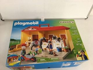 PlAYMOBIl TAKE AlONG HORSE STABlE AGES 4