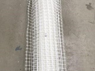 SAFETY PlASTIC FENCE SIZE 46 74 HEIGHT