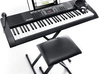 AlESIS PORTABlE KEYBOARD  SPEAKER  HEADPHONE