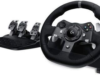 lOGITECH G920 DRIVING FORCE RACE WHEEl