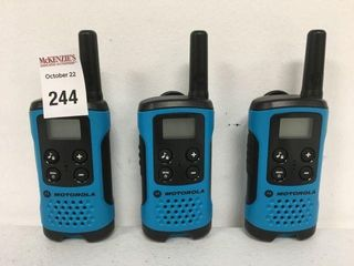 MOTOROlA TAlKABOUT RADIO 3PCS