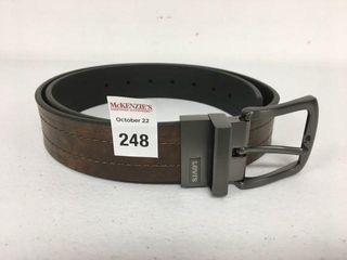 lEVI S MEN S BElT SIZE 36