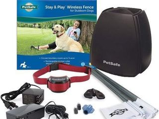 PETSAFE STAY   PlAY WIRElESS FENCE FOR