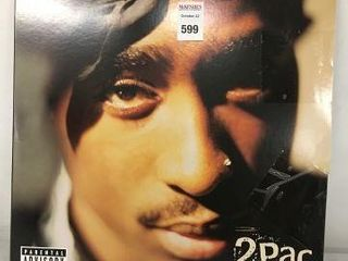 2PAC GREATEST HITS RECORDING AlBUM