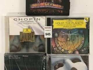 FINAl SAlE  ASSORTED CDS