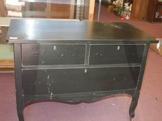 Small Dresser with 3 drawers  no pulls