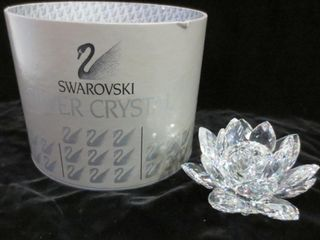 SWAROVSKI WATER lIllY CANDlE HOlDER