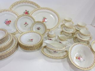 ROYAl WORCESTER  CROMWEll  TABlE WARE