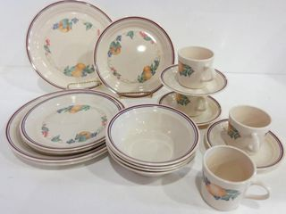 COREllE BY CORNING TABlE WARE