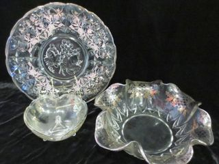 12  GlASS PlATTER WITH SIlVER INlAY  FOOTED AND
