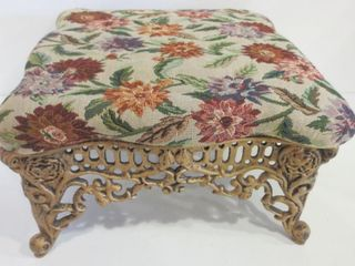 FOOTSTOOl   WROUGHT IRON BASE  TAPESTRY COVER