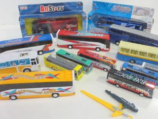 DIE CAST AND PlASTIC BUSES
