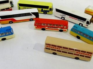 PlASTIC TOY BUSES