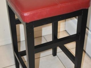 STOOl W  FAUX RED lEATHER TOP