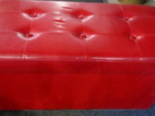 FAUX lEATHER BENCH FOOTSTOOl WITH STORAGE
