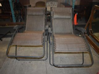 REClINING OUTDOOR lOUNGE CHAIRS  2