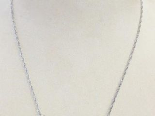 STERlING NECKlACE AND PIERCED EARRINGS  SIlVER