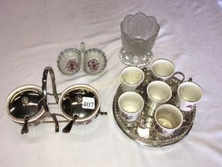 Cups  Sugar dishes