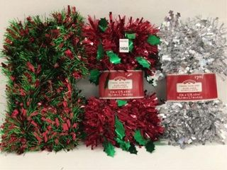 ASSORTED HOlIDAY TIME GARlAND
