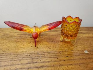 Red to Orange Hobnail Holder and Hummingbird