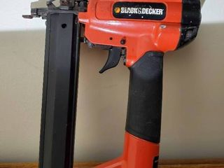 Black and Decker 18 Gauge Pneumatic Brad Nailer
