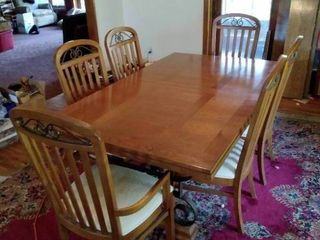 Stanley Oak Dinning Room Table and 6 Chairs   See Additional Details in Photos