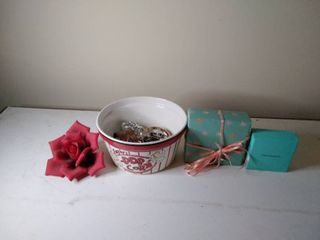 lot of Jewelry inside Ceramic Popcorn Bowl  7 x 5 Inches