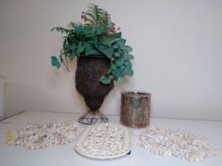 Seashell and Metal Hot Pads with other Home Decor