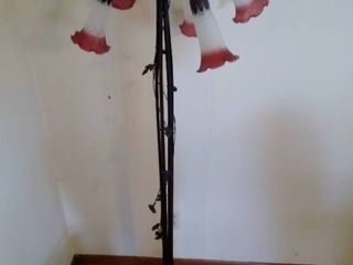 Multi  Head Tulip Floor lamp   Missing One Shade
