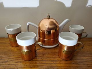 De le Cuisine Teapot and Cup Set Copper and White Stoneware
