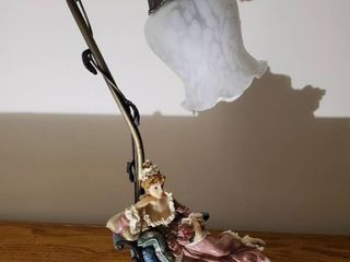 12 2000 Collectible Tulip lamp   Brass Base   Relaxing Mistress
