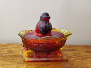 Ruby Red Carnival lidded Santa Claus Sleigh
